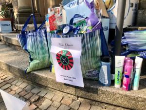 Prall gefüllte Ostertüte für Bedürftige der Caritas Rastatt